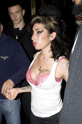 35628PCN_Winehouse