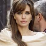 Angelina Jolie spavala s Ralphom Fiennesom i Mickom Jaggerom