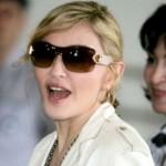Madonna plesala u krilu manekenu koji nije Jesus Luz