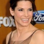 Sandra Bullock žali zbog skupih odevnih grešaka