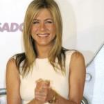 Jennifer Aniston inspirisana svojom prijateljicom Sheryl Crow planira usvojiti dete?