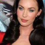 Megan Fox nakon izlaska iz hirurške klinike prekrivala lice: Šta je ovaj put operisala?