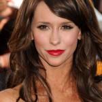 Jennifer Love Hewitt novog dečka odvela u shopping pa se sakrivala od paparazza