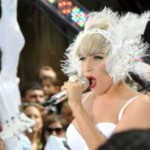 Lady Gaga će nadmašiti Britney Spears i postati najpopularnija osoba na Twitteru