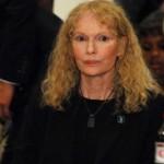 Mia Farrow svedočiće protiv Naomi Campbell na Haaškom sudu