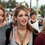 Miley Cyrus i Ashley Green divljaju po Parizu