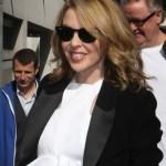 Kylie Minogue na strogoj dijeti kako bi mogla ući u usku haljinu