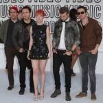 Paramore ostao bez dvojice članova, ali se grupa ne raspada