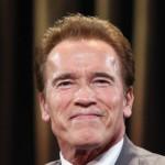 Arnold Schwarzenegger: bio bih bogatiji za 200 miliona da sam ostao glumac