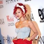 Rihanna i Colina Farrell flertuju preko mobilnog