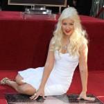Christina Aguilera zaboravila tekst zbog pijanstva?