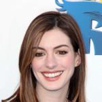 Anne Hathaway želi da postane majka za pet godina