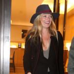 Kate Moss zadovoljno napustila kliniku za lečenje neplodnosti