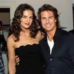 Tom Cruise kupio Katie za rođendan šivaću mašinu