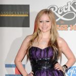 Glumac sakuplja novac da bi se oženio s Avril Lavigne