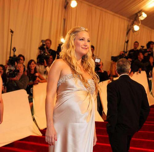 SIPA sipausa30070525 000262 Lepe trudnice: Kate Hudson i Jessica Alba