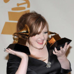 Adele naređeno da prestanem da peva i priča