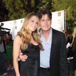 Charlie Sheen svakog meseca plaća 55,000 dolara alimentacije Brooke Mueller