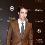 Robert Pattinson želi malo venčanje
