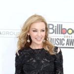 90-godišnja baka Kylie Minogue želi da dođe na njen koncert u bikiniju
