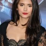 Nina Dobrev ili Olivia Wilde – kome bolje stoji čipkasta crna haljina?