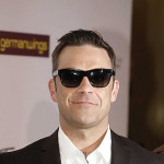 "Robbie Williams oterao publiku s koncerta ""Take That"""