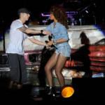 Rihanna se pridružila Eminemu na sceni