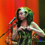 Amy Winehouse je umrla od trovanja alkoholom