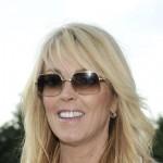 Dina Lohan se nada da će profitirati od problema njene kćerke