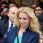 Britney Spears u garderobi mora da ima sliku princeze Diane i omiljenu hranu