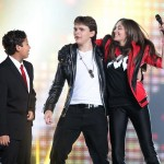 Legende ne umiru: Zvezde i Jacksonova deca na koncertu slavila život kralja popa