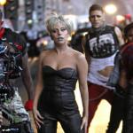 Humana Lady GaGa platila 13,000 dolara za druženje s gitaristom