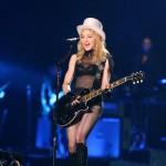 Madonna nastupa u poluvremenu Superboula