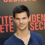Taylor Lautner proveo veče s gej holivudskim tajkunima
