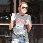 Kelly Osbourne na meti kritika jer brani Miley Cyrus