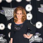 """Adele nakon operacije: """"Srećna sam i odmaram se"""""""