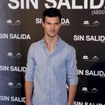 """Taylor Lautner: """"Nemoguće je izbeći pisanja o meni na internetu"""""""