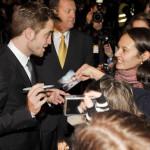 Slatke muke: Pattinsona i Lautnera opsedale obožavateljke u Berlinu