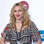 """Madonna pomaže Demi Moore: """"Imala je dosta mladih muškaraca i zna kako da se nosi s njima"""""""