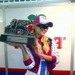 Prva pobeda – Paris Hilton proslavila trijumf u MotoGP šampionatu