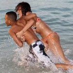 S kim se to Rihanna opušta za vreme praznika?