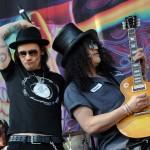 Slash ulazi u studio i počinje snimanje drugog albuma
