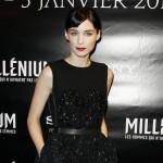 Rooney Mara: svetlucava crna haljinu za premijeru u Gradu Svetlosti