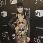 Jessie J poklanja odeću beskućnicima