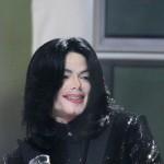 Neobavljeni stihovi Michaela Jacksona idu na aukciju
