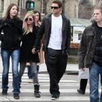 Ponovo sama: Avril Lavigne raskinula s Brodyjem Jennerom