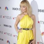 Ona ne greši: Nicole Richie izgleda odlično u žutoj haljini