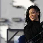 Rihanna definitivno želi da glumi Whitney Houston