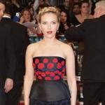 Potpuni promašaj: Scarlett Johansson razočarala izborom odeće