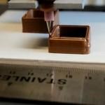 Naš novi omiljeni tehnički uređaj: štampač prave čokolade!